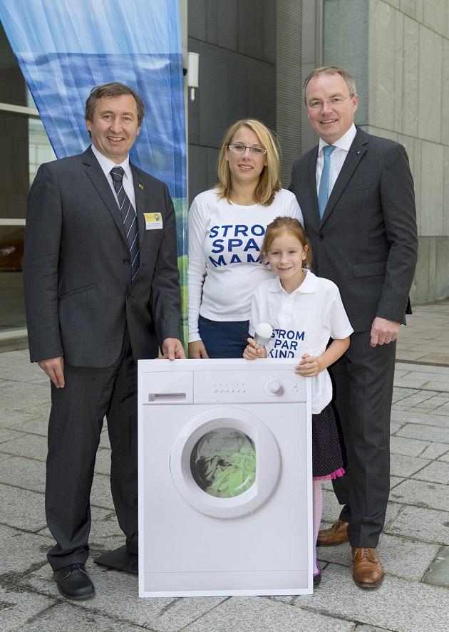 Start der Aktion Strom-Spar-Familie