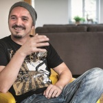 """Bissige Dialekt-Texte: Manuel Normal veröffentlicht drittes Album """"Normal is des ned""""."""