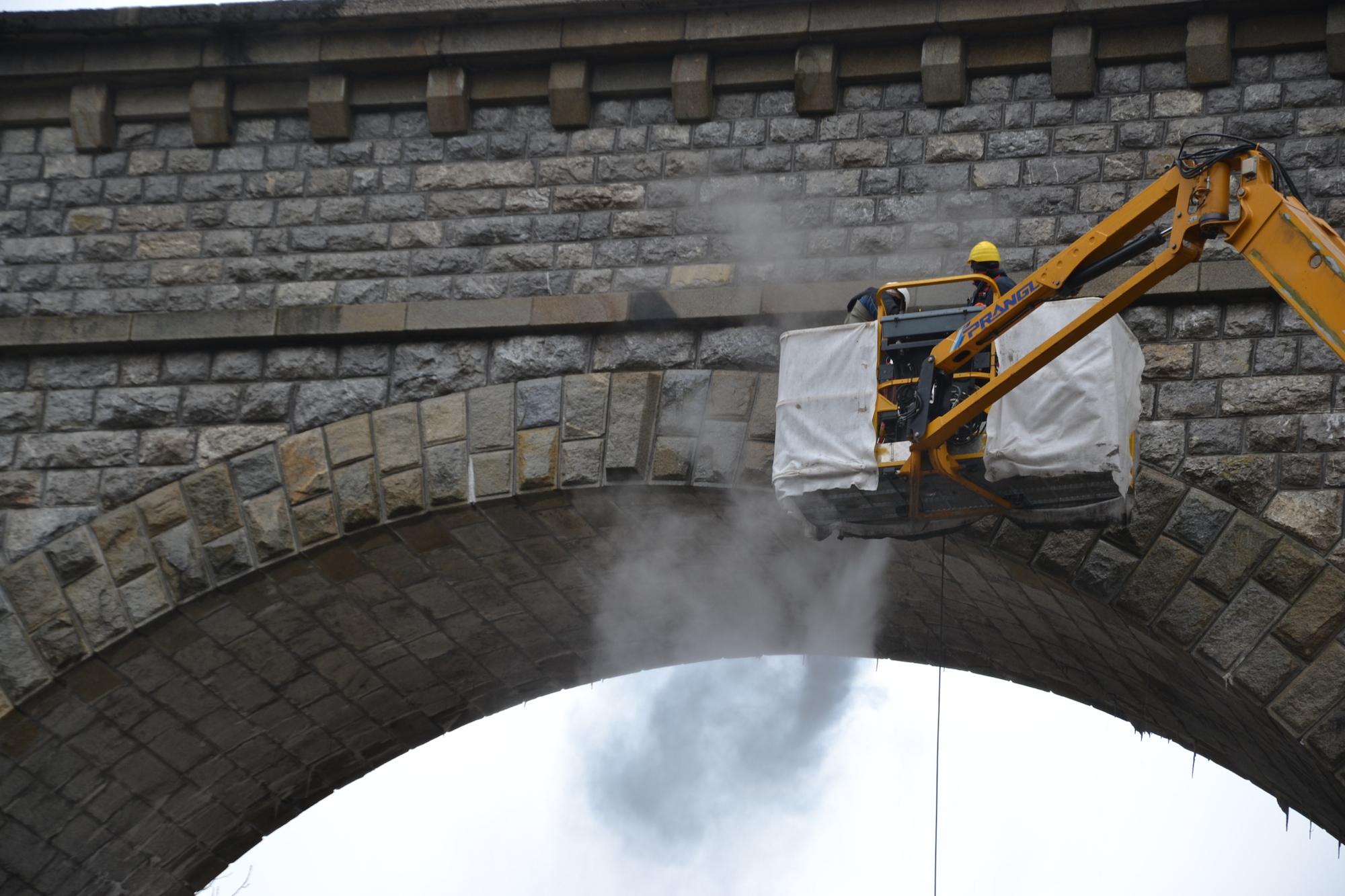 Die Reinigungsarbeiten dauern rund 4 Wochen. Foto: www.eisenstrasse.info