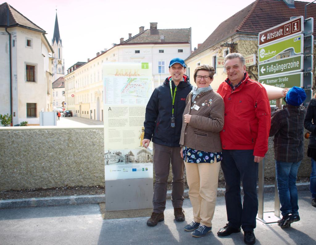 Paul Magg, Eva Kiss und Walter Scholl leiteten die ersten Führungen Foto: Stadt Melk/Gleiß