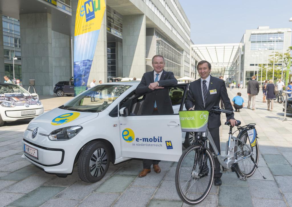 Landesrat Dr. Stephan Pernkopf und der Geschäftsführer der Energie- und Umweltagentur NÖ Dr. Herbert Greisberger Bildnachweis: NLK Burchhart