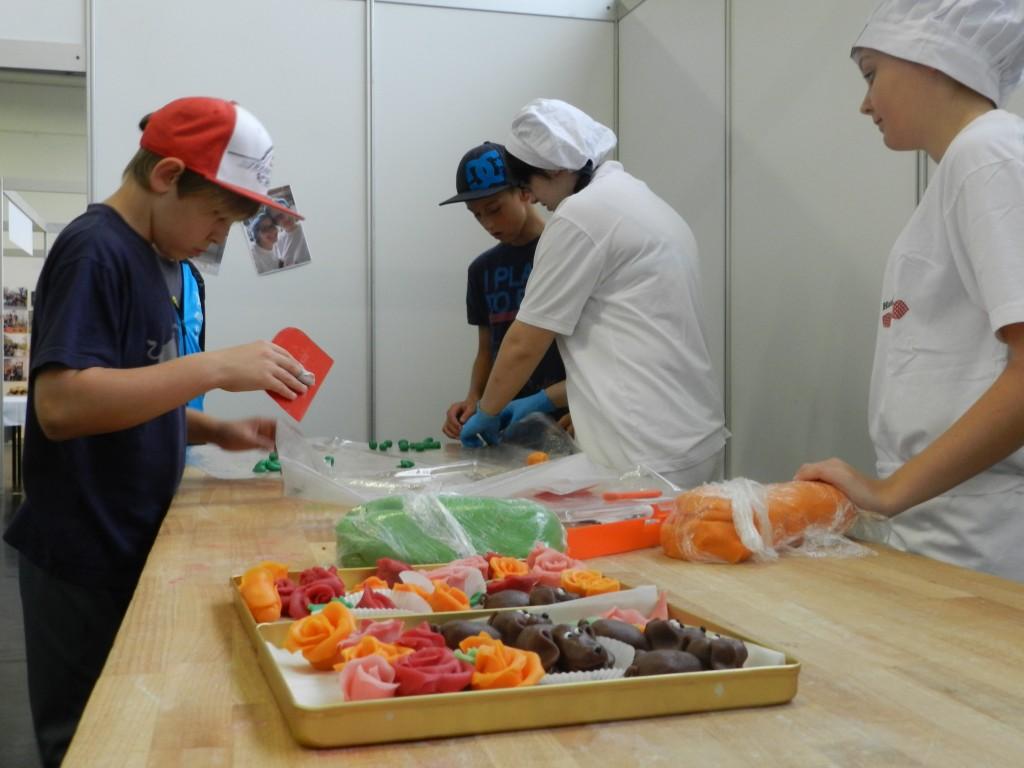 """Workshop """"Arbeiten mit Lebensmittel"""" Foto: zVg"""