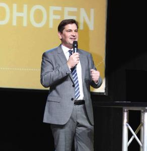 Bürgermeister Werner Krammer bei seiner Rede. Foto: WVP