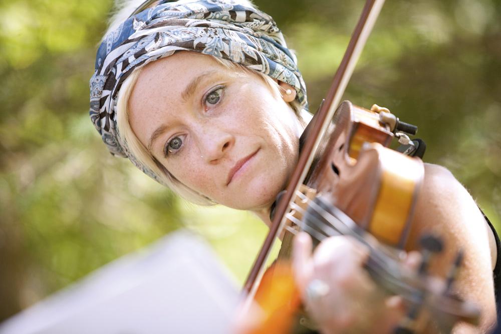 Musikalisch vielseitig: Angelika Steinbach-Ditsch Foto: mussil.eu