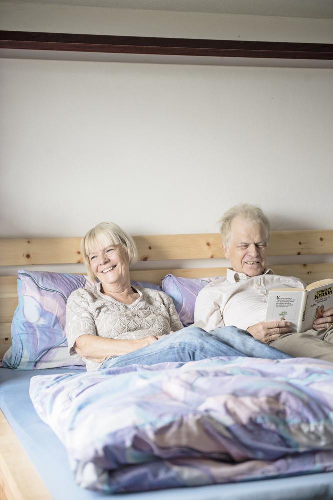 Bernhard und Magda wollen mit ihrem Buch einen entscheidenden Appell gegen, die Leser zum Nachdenken anregen und ihnen Mut machen. Foto: luiza puiu
