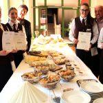 Großartiger Abschluss für diplomierte Käsekenner und Jungsommeliers in WeyrerTourismusschule